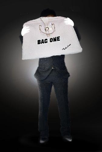 BAGONE1.png