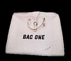 BAGONE10.png